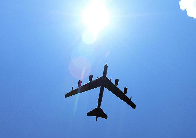 美國空軍B-52轟炸機首次在立陶宛進行目標攻擊訓練