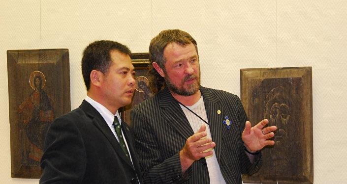 劉明秀,基霍米洛夫(從左至右)
