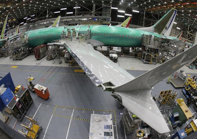 Самолет Boeing 737 MAX 8 на заводе Boeing 737 в Рентоне, США