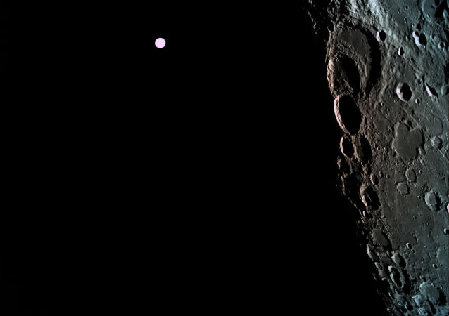 俄科學家提議鑽探月球以瞭解其何時出現「背面」