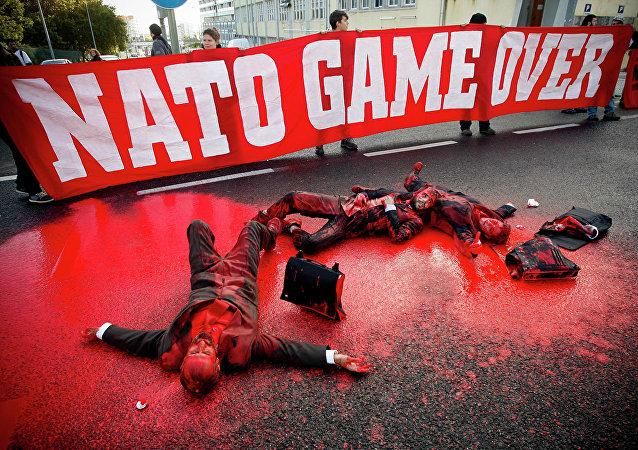 中國外交部:中方提醒北約還欠著中國人民的血債