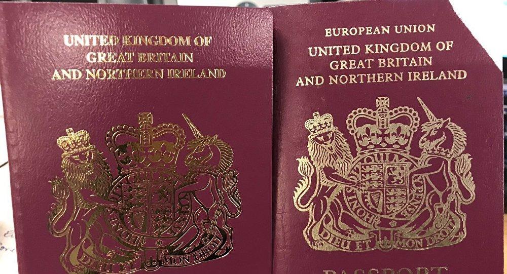 英國將發放沒有「歐盟」字樣的新出國護照