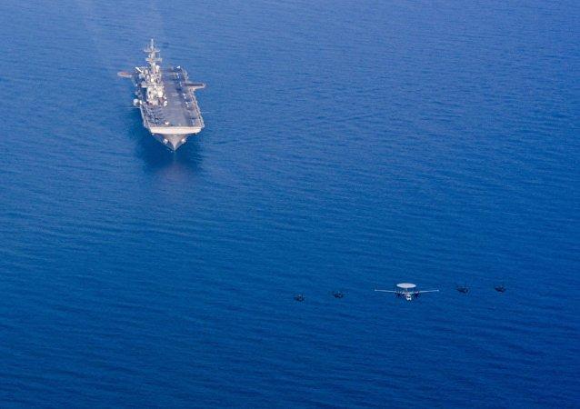 美國海軍在南海
