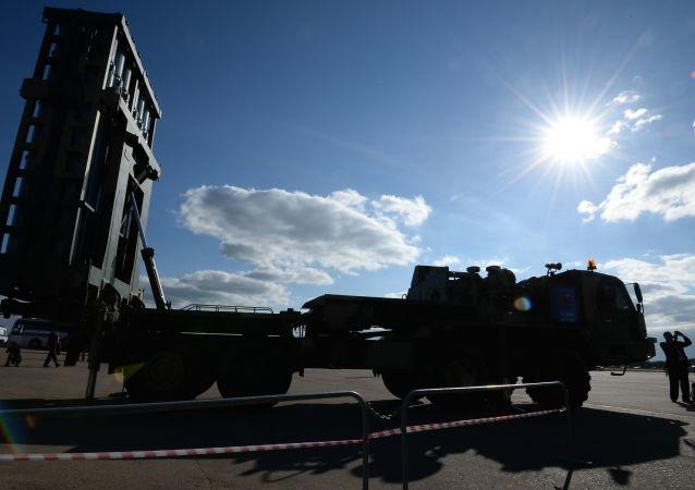 俄太空導彈預警系統探測到64枚彈道導彈的發射