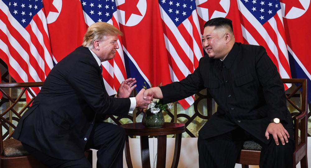 美國總統特朗普(左)和朝鮮領導人金正恩