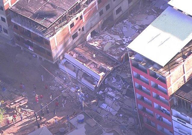 外媒:巴西建築物倒塌造成的死亡人數上升至22人