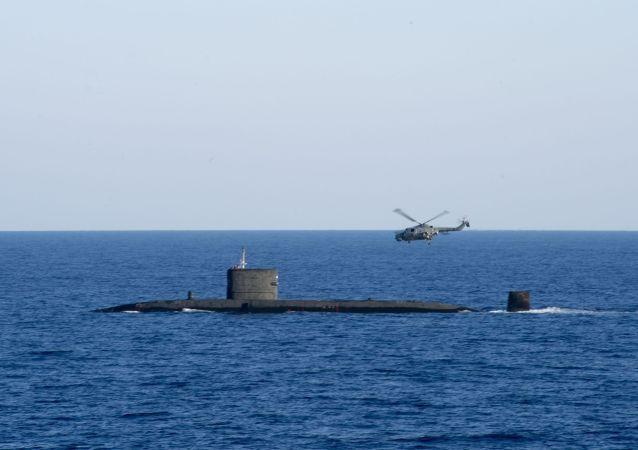 英國一艘潛艇