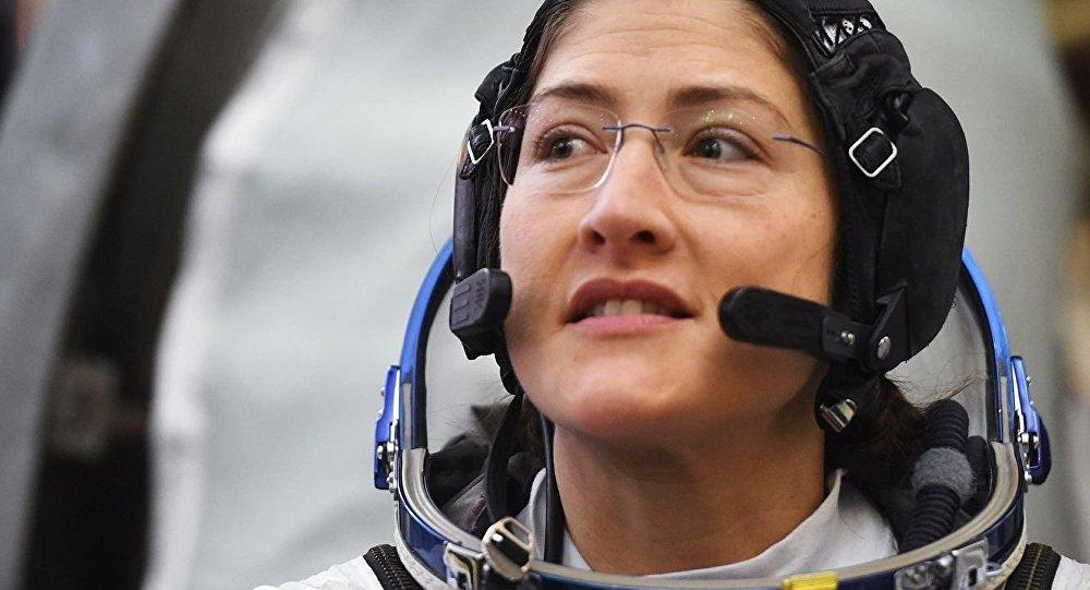 美國女宇航員庫克將在國際空間站上待近一年 將創造女性飛行時間的記錄