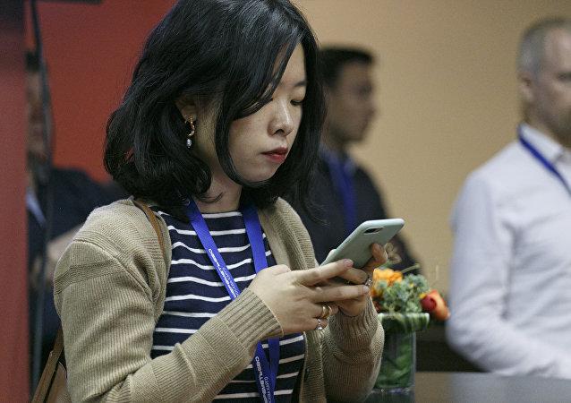 科學家介紹降低智能手機危害的主要方法