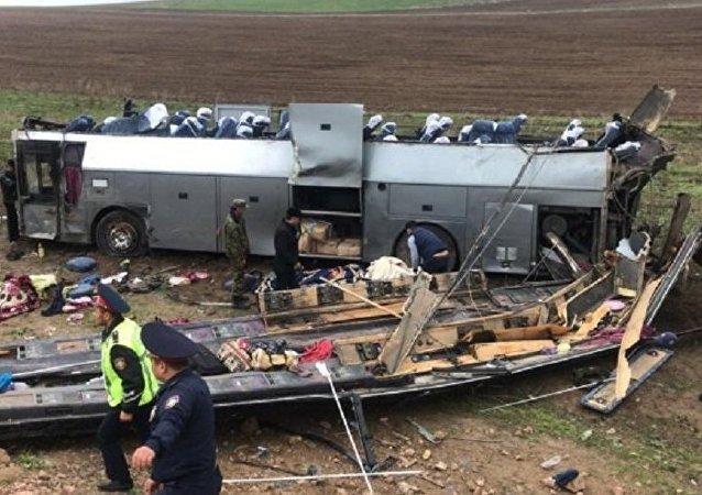 哈薩克斯坦內務部:該國公路交通事故造成11人死約30人傷