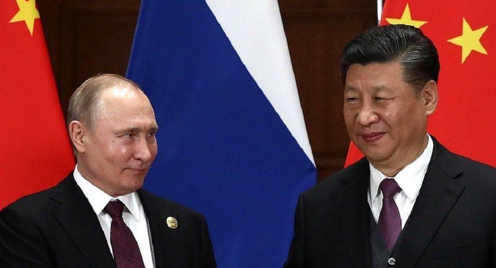 中國國家主席習近平(右)和俄羅斯總統普京