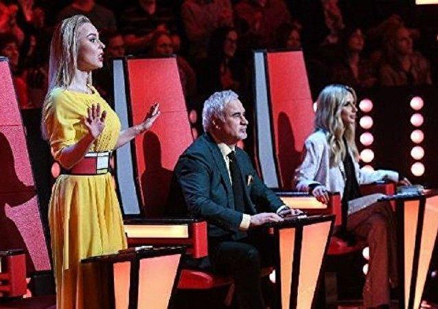 歌星阿蘇的女兒贏得兒童好聲音決賽 俄一台將覈實投票結果