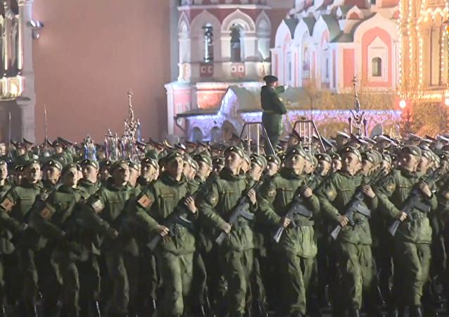 紅場進行第二次夜間閱兵彩排