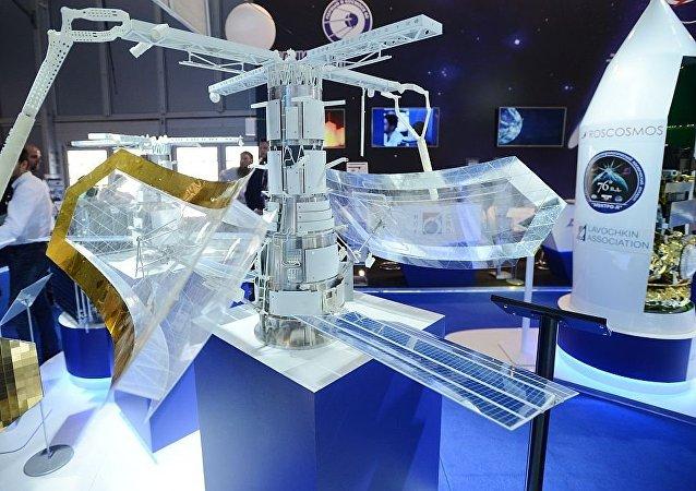 「芍藥-NKS」雷達衛星的模型