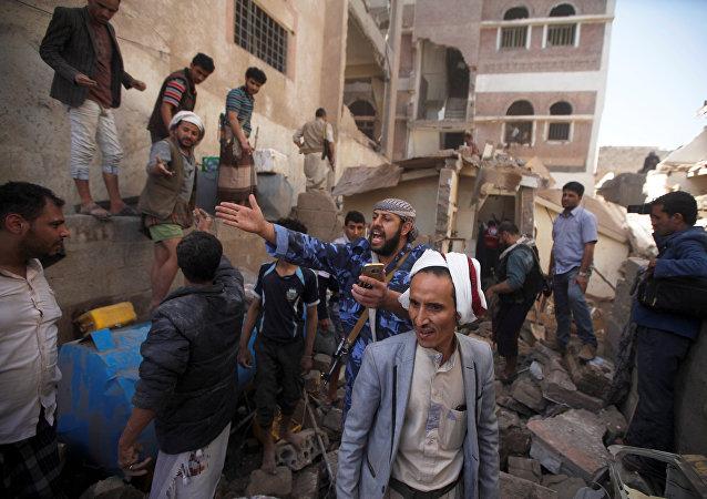 也門衛生部:國際聯盟空襲致52名平民受傷包括2名俄羅斯人
