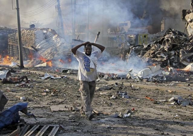 媒體:索馬里首都軍事基地附近爆炸造成八死十四傷