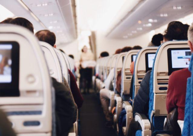 航空公司禁止戴布口罩
