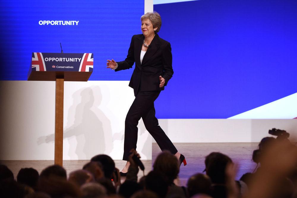 英國首相特蕾莎·梅2018在伯明翰舉行的保守黨新聞發佈會上。