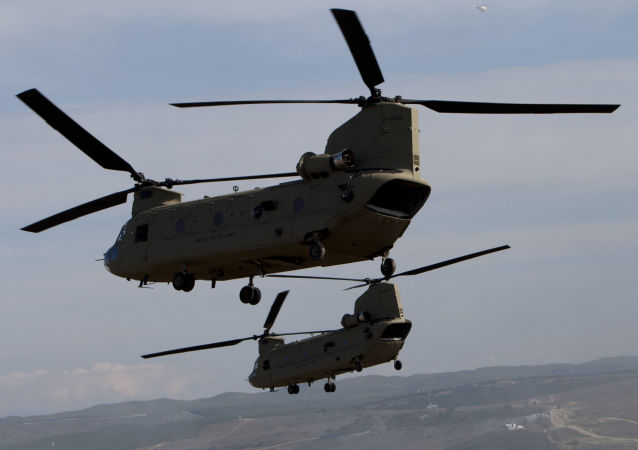 Военно-транспортные вертолеты CH-47 Chinook ВВС США