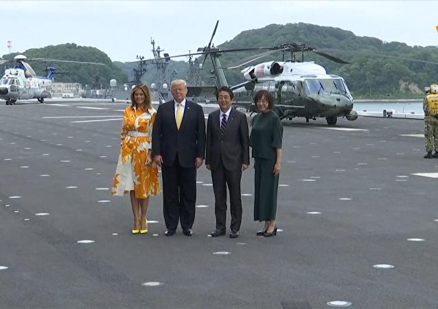 特朗普和安倍參觀日本「加賀」號直升機母艦