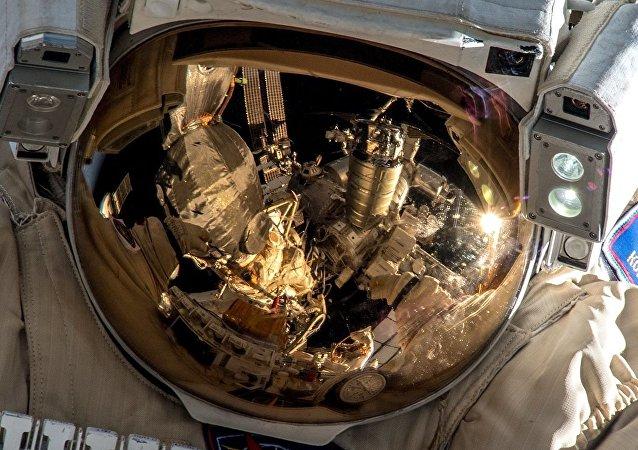 俄羅斯宇航員已進入開放太空