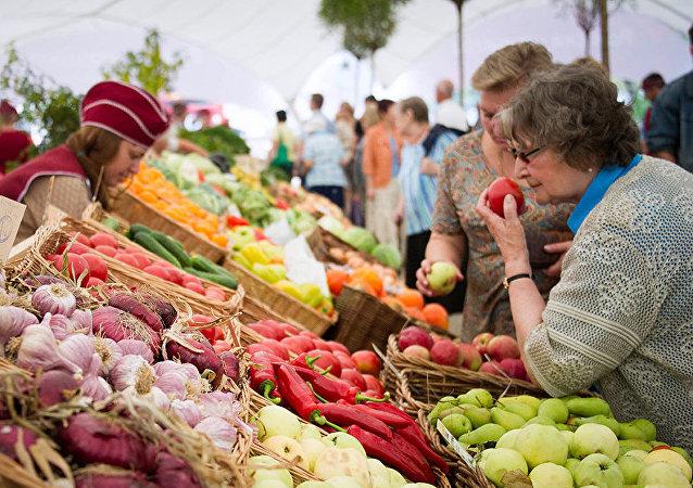 生態學家:這12種食物農殘最高