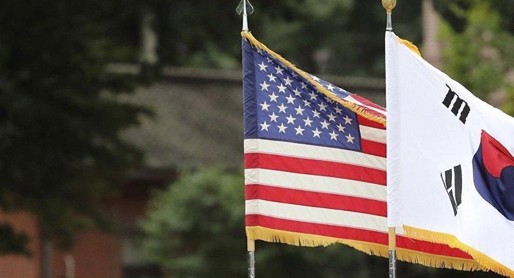 美國和韓國的旗幟