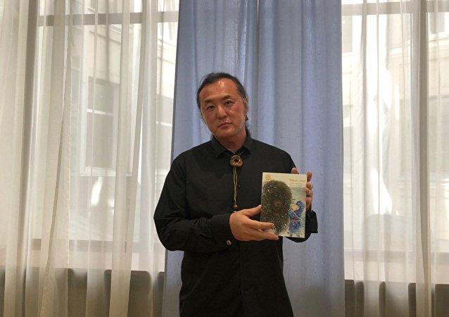 中國蒙族兒童作家格日勒其木格·黑鶴