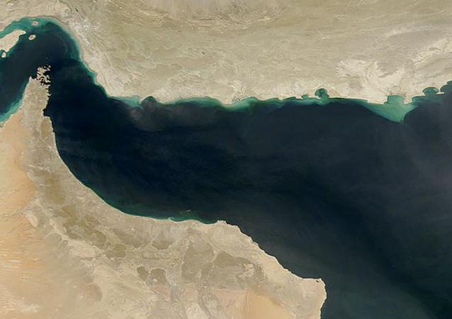Снимок Оманского залива из космоса
