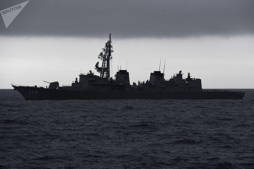 日本「鈴波號」驅逐艦在「Sareks-2019」海上搜救演習中