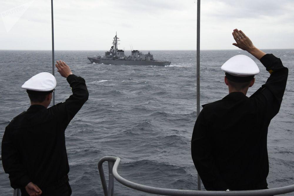「潘捷列耶夫海軍上將」號反潛艦在「Sareks-2019」海上搜救演習中