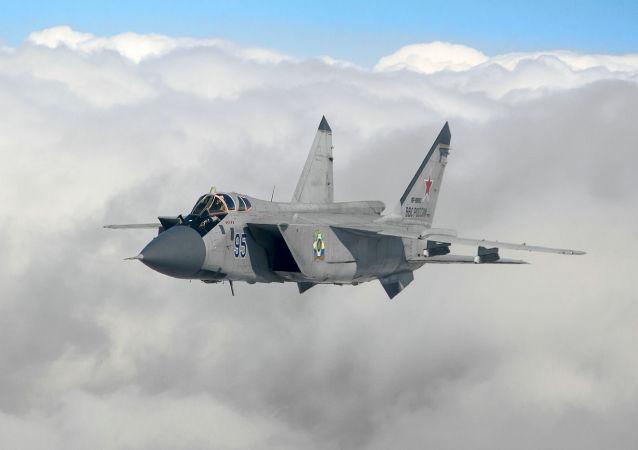 俄殲擊機和轟炸機在日本海水域舉行演習