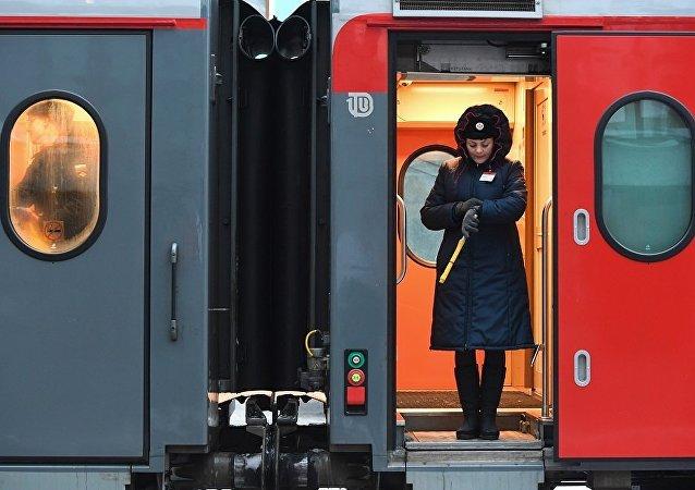 火車列車員