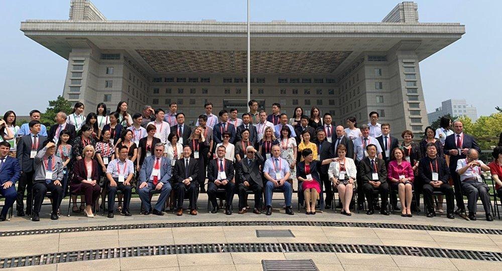 中俄「未來的教育、教育的未來」論壇