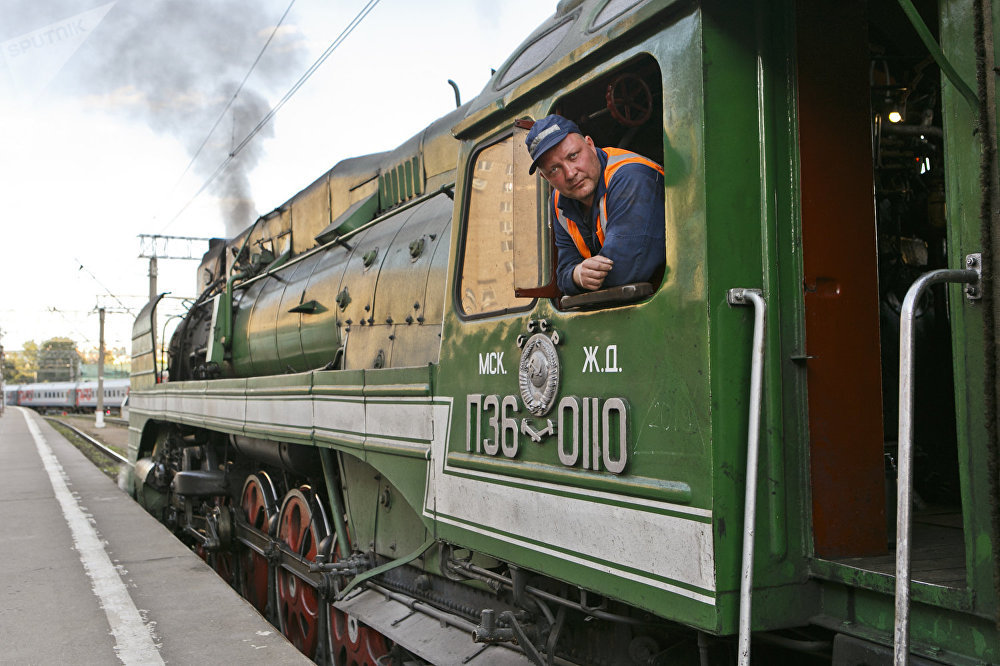 列車將途徑俄羅斯、蒙古、中國三國,總行程8000公里
