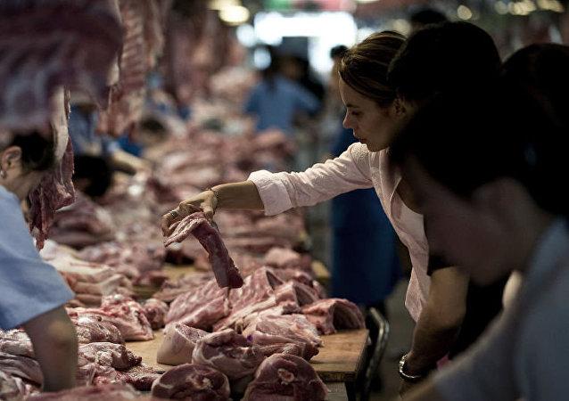 中國商務部證實在考慮增加購買美國豬肉和大豆