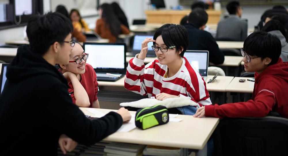 俄彼得大帝理工大學為中國學生舉辦遊學活動