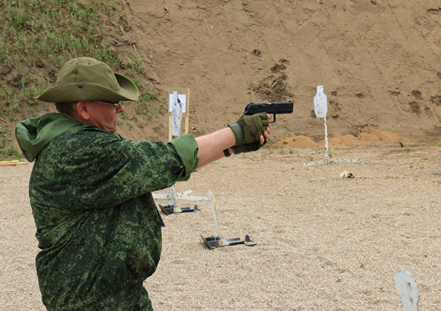 Новейший российский пистолет  опробовал и корреспондент Спутника