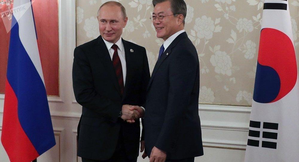 普京和文在寅在大阪會晤
