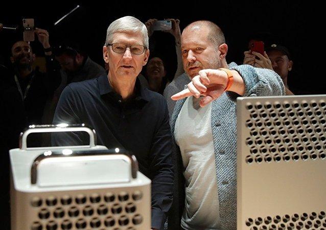 為何蘋果首席設計官喬納森·艾維選擇離開?