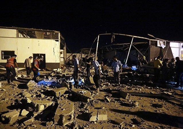 黎波里郊區塔朱拉(Tajoura)地區的非法移民拘留中心