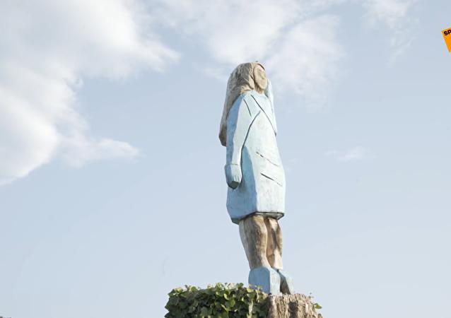 美第一夫人雕像在故鄉斯洛文尼亞落成