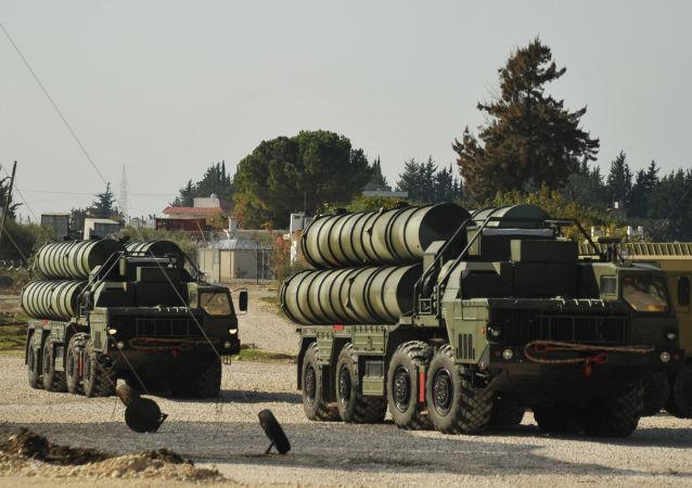 向土耳其運交S-400導彈視頻發佈