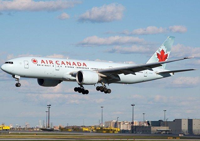加拿大航空公司的波音777-200客機