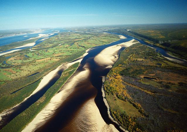 雅庫特勒拿河