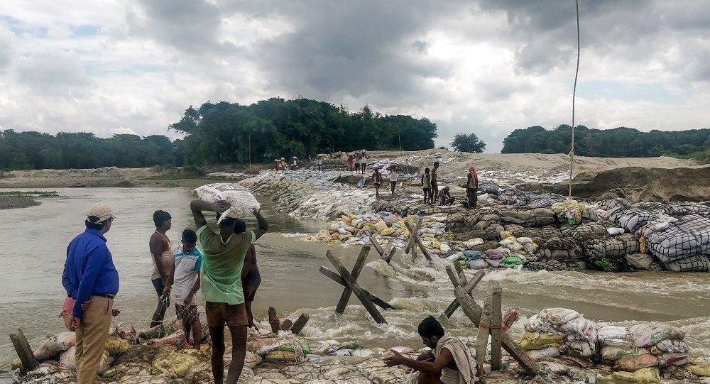 媒體:印度東北部洪水區災民超過80萬 6人遇難
