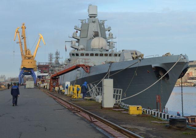 「海軍元帥卡薩托諾夫」號護衛艦