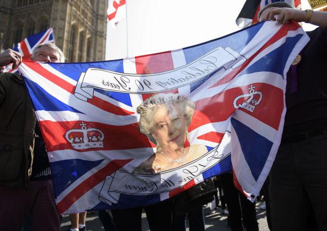 伊麗莎白二世簽署英國脫歐法案