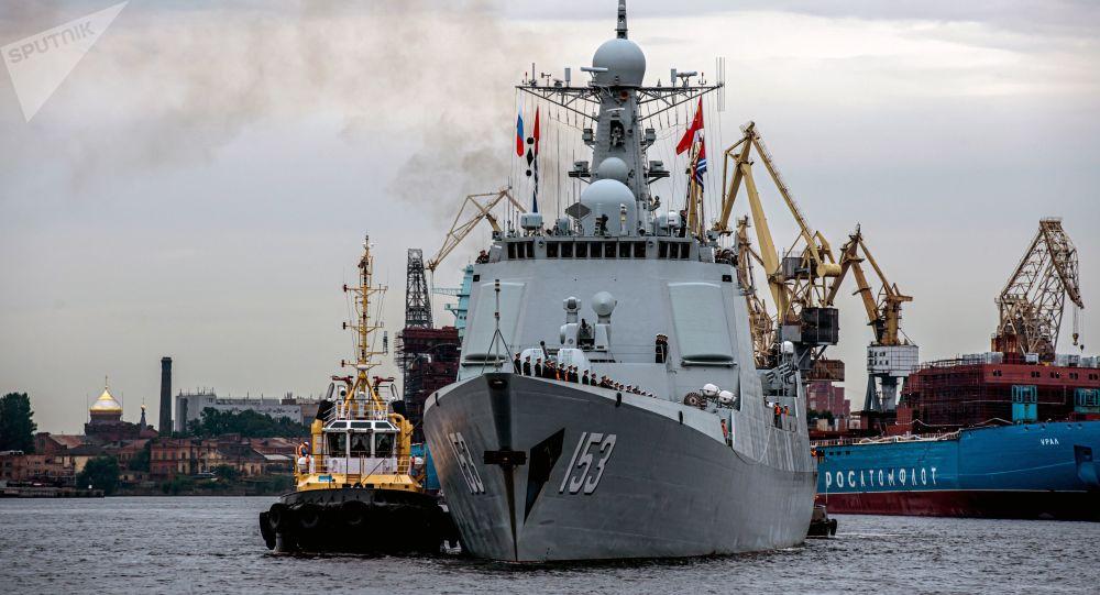 西安艦結束對聖彼得堡的非正式訪問