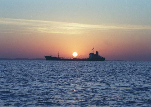 專家:美國在霍爾木茲海峽建聯盟,中國或感受其結果